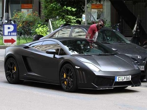 Sulley Muntari Driving Lamborghini Gallardo