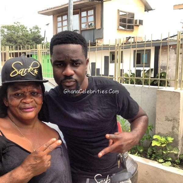 sarkodie mother