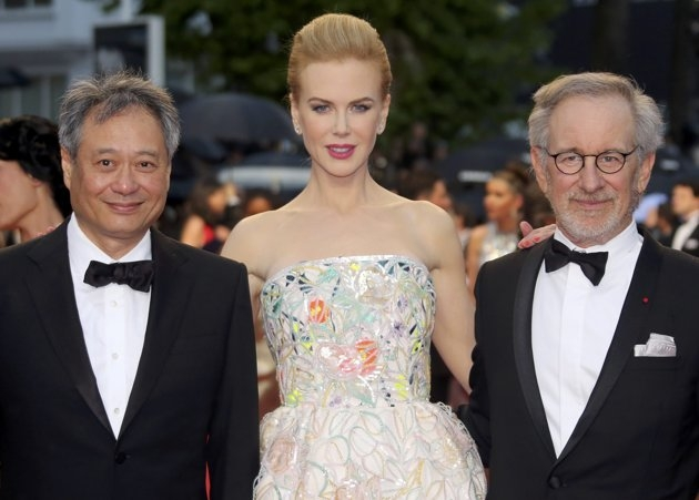 Jury President Steven Spielberg (R) poses with Jury members of the 66th Cannes Film Festival actress Nicole Kidman (C) and director Ang Lee