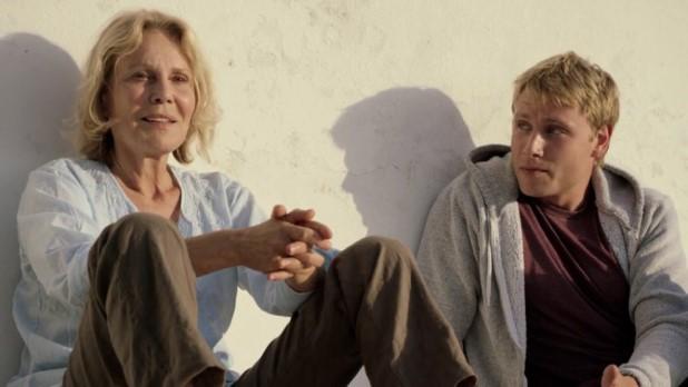 Jo and Martha in Amnesia