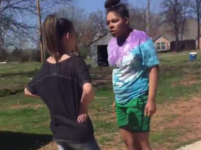 black-girl-punches-white-girl